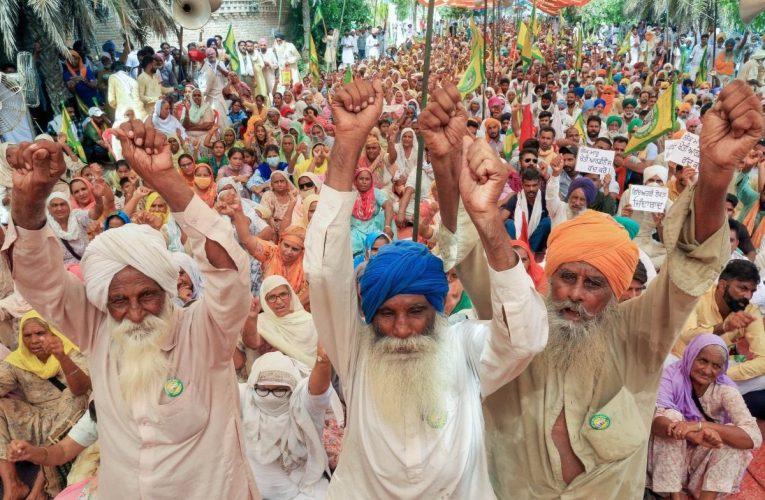 Farmers Protest: अब गांव-गांव में शुरू होंगी अनिश्चितकालीन किसान महापंचायत