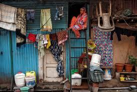घर की महिलाओं से लॉकडाउन ने छीना चैन-सुकून